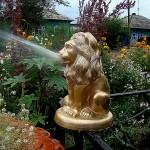 Лев с фонтаном